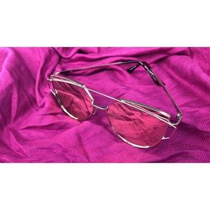 Accessories - Mirrored Cat Eye Sunglasses